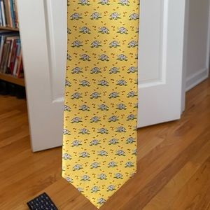 NWT Brooks Brothers Yellow Tie with elephants